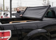 triple folding tonneau cover